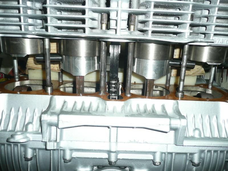 Réalésage des futs pour Wiseco 1075 cc - Page 2 P1160421