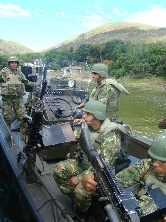 Armée Colombienne 1016