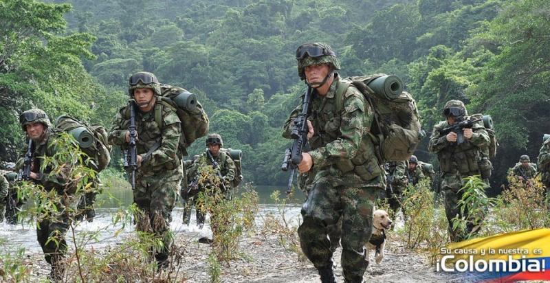 Armée Colombienne 228
