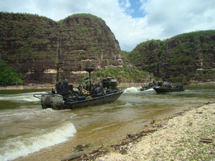 Armée Colombienne 718