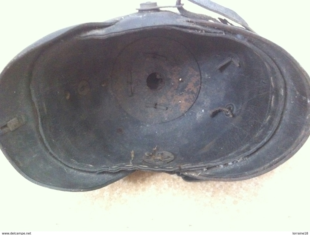 Identification casque à pointe  Picke_10