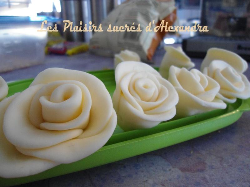 Mes roses en sucre (fondant) Roses_13