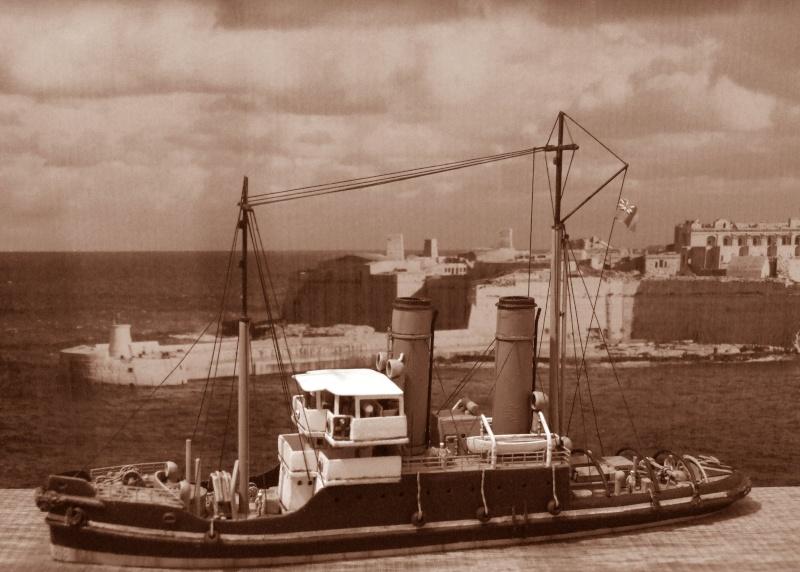 HMS WARSPITE 1942 - Page 5 Dscf3010
