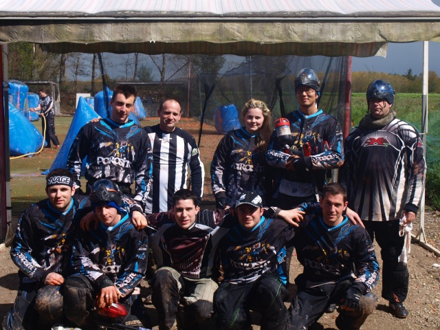 petit training-match sur le terrain elite paintball P4223710