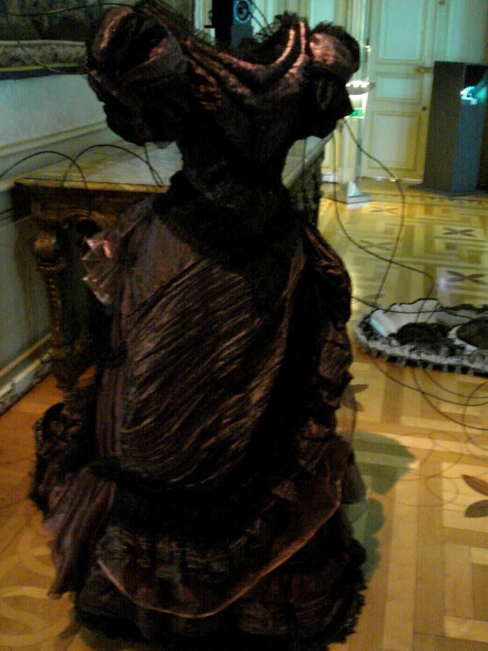 Robe de l'impératrice Elisabeth d'Autriche ( Sissi ) 10101117