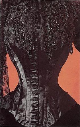 Robe de l'impératrice Elisabeth d'Autriche ( Sissi ) 10111010