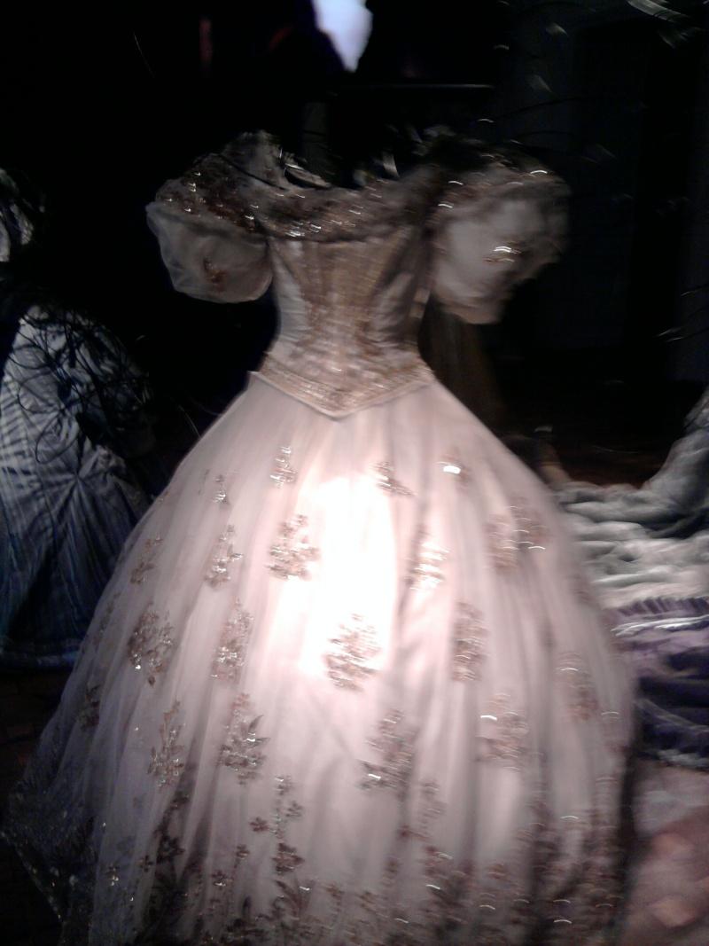 Robe de l'impératrice Elisabeth d'Autriche ( Sissi ) 11020616