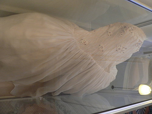 Robe de l'impératrice Elisabeth d'Autriche ( Sissi ) 17310