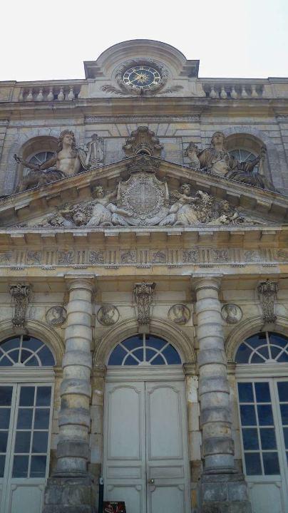 Les châteaux Parisiens 21501110
