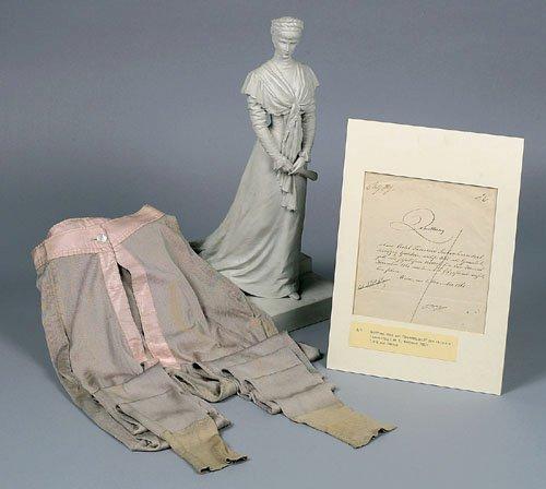 Robe de l'impératrice Elisabeth d'Autriche ( Sissi ) 23050810