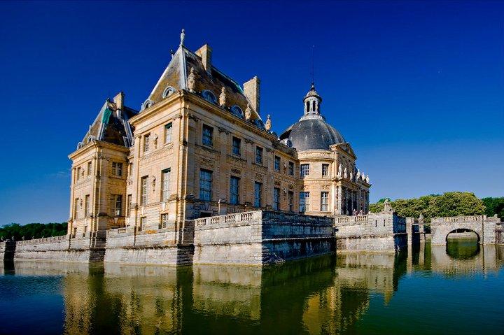 Les châteaux Parisiens 24730110