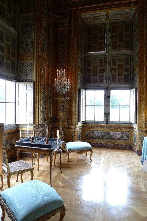 Les châteaux Parisiens 25018210