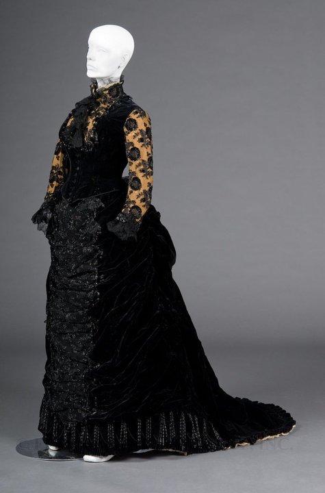 Robe de l'impératrice Elisabeth d'Autriche ( Sissi ) 25323710