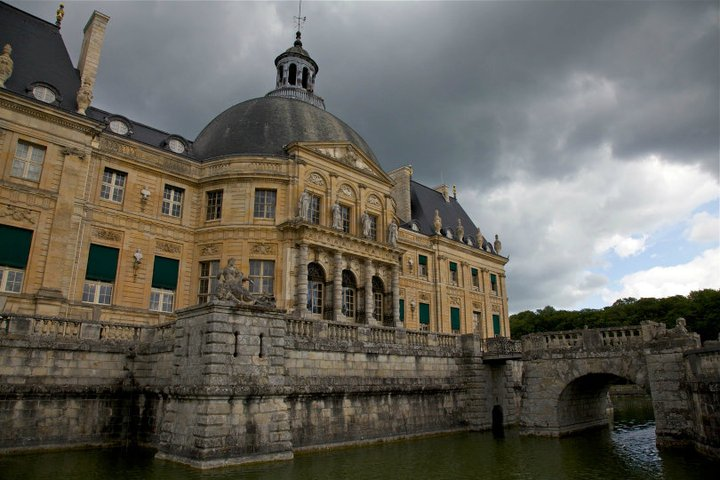 Les châteaux Parisiens 25405210