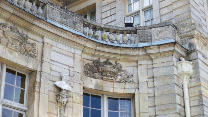 Les châteaux Parisiens 28131510