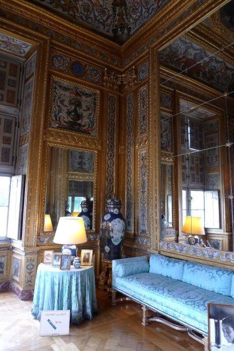 Les châteaux Parisiens 28214810