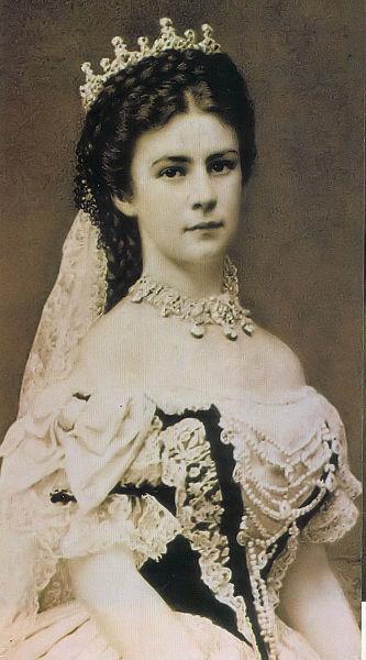 La biographie de l'Impératrice Sissi 333px-10