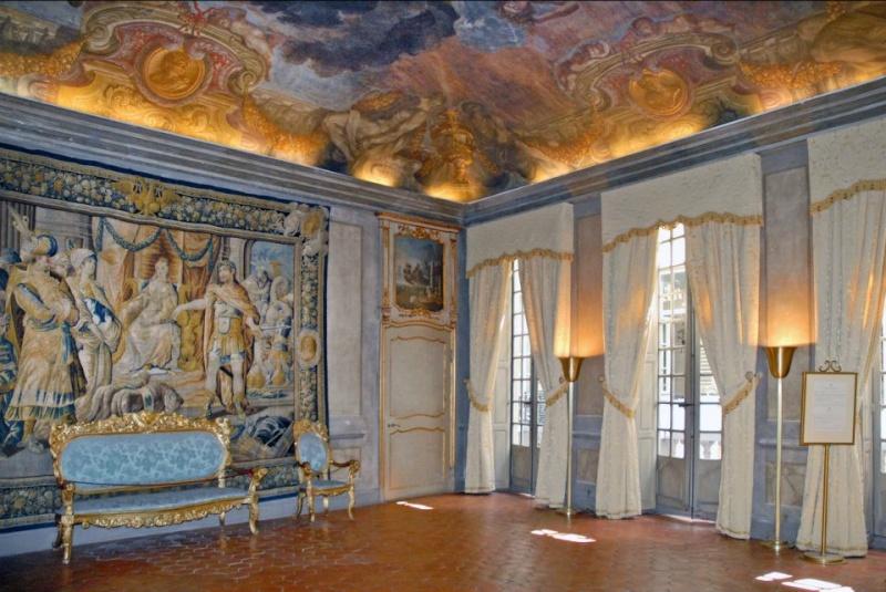 Les Chateaux Français 38756110