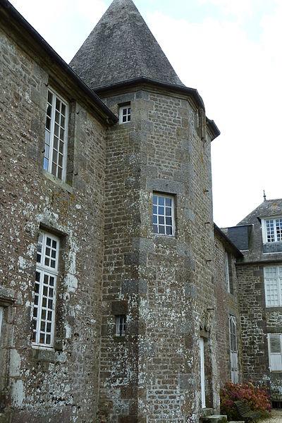 Les Chateaux de l'Orne 400px-12
