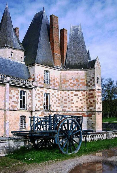 Les Chateaux de l'Orne 406px-10