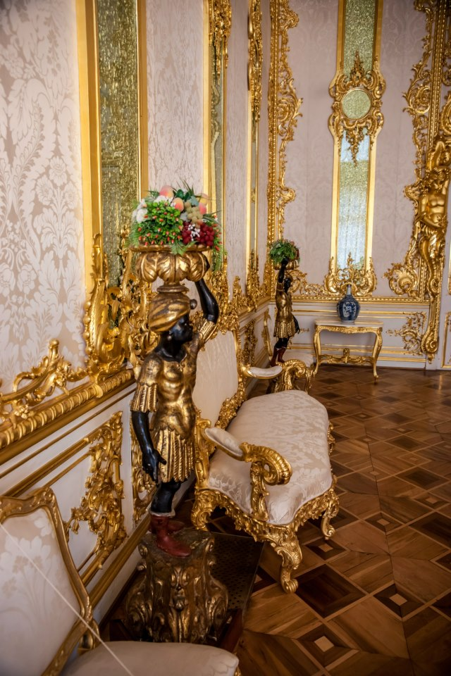 Chateaux Russe 42383710