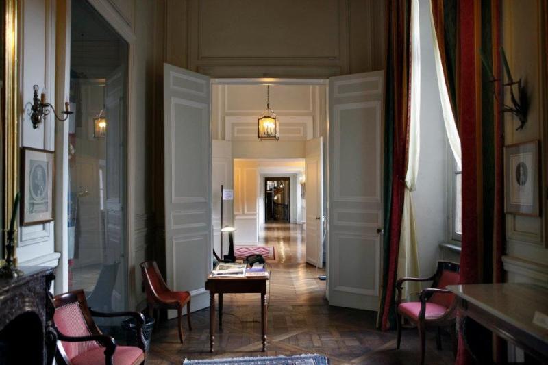 Hotels Particuliers - Paris 42731810
