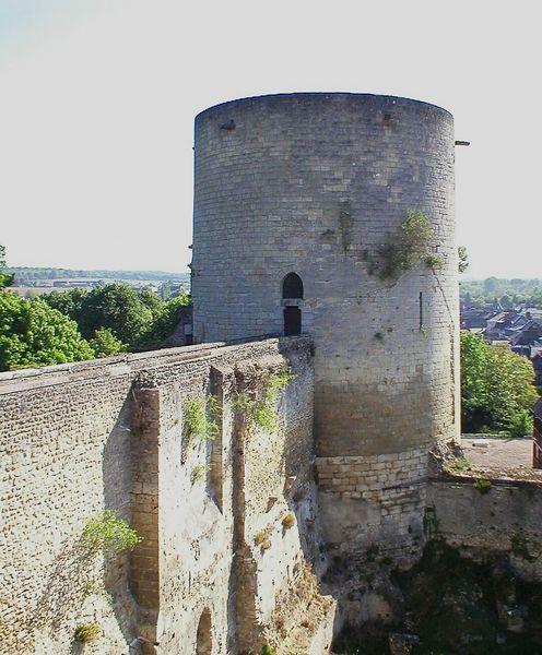 Les châteaux du département de Eure 496px-10