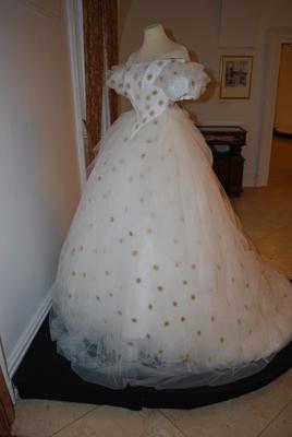 Robe de l'impératrice Elisabeth d'Autriche ( Sissi ) 4a1011