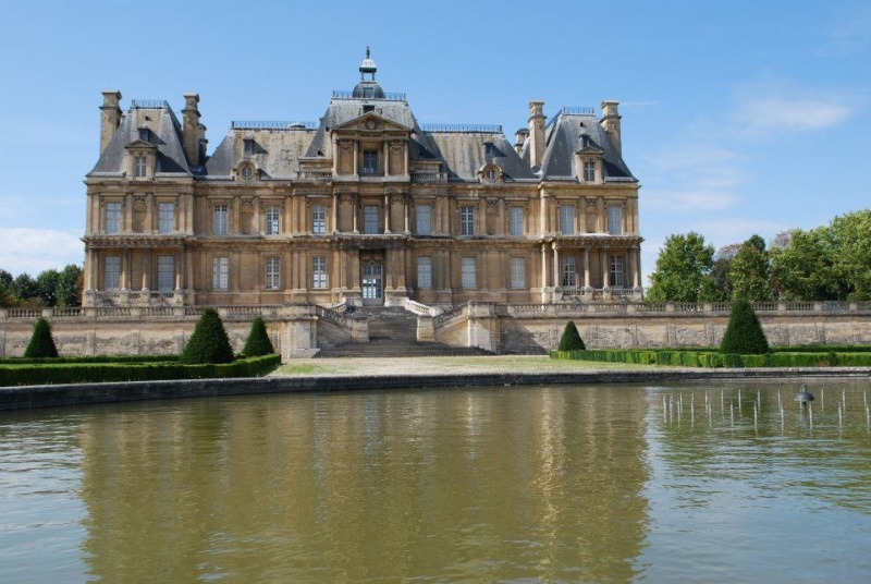 Les châteaux Parisiens 54031810