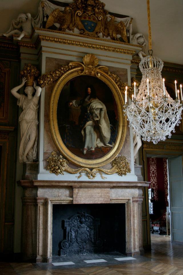 Les châteaux Parisiens 54702810