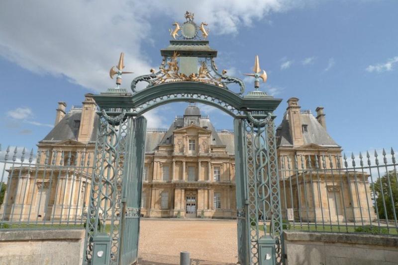Les châteaux Parisiens 54707810
