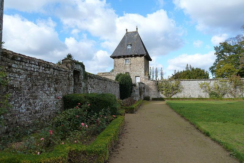 Les Chateaux de l'Orne 800px155