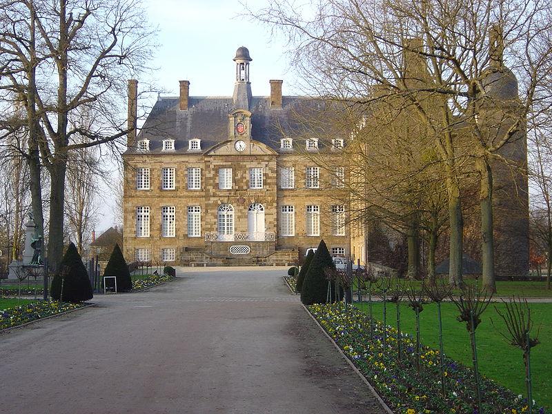 Les Chateaux de l'Orne 800px162