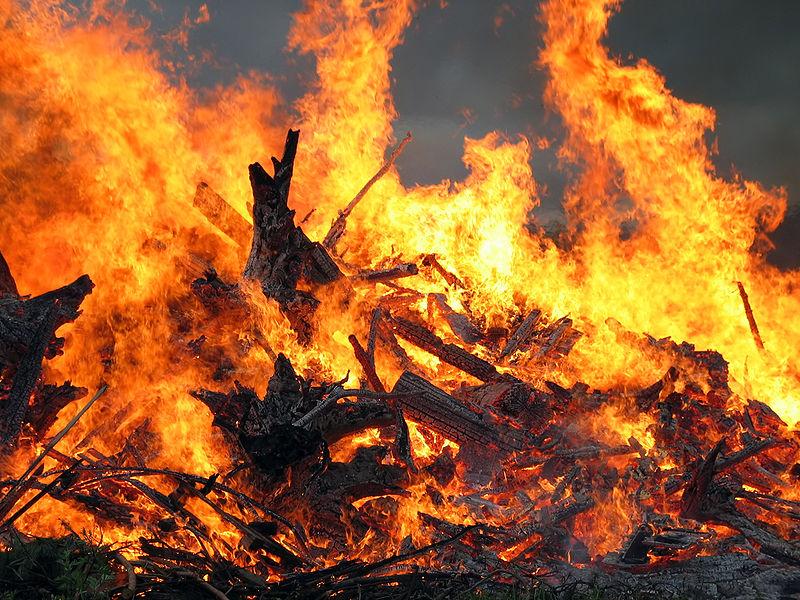 Les Incendies Divers 800px282