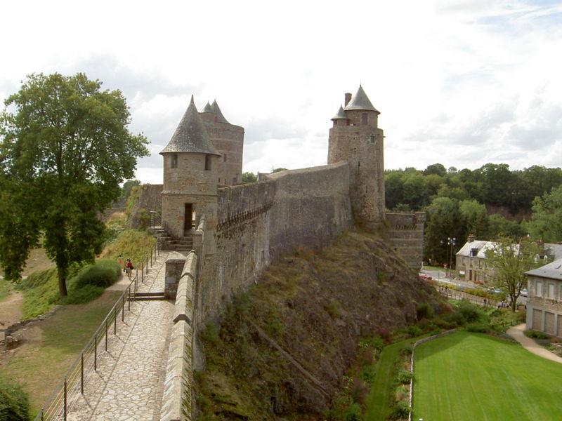 Chateaux de la Bretagne 800px655