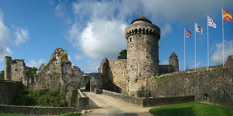 Chateaux de la Bretagne 800px657