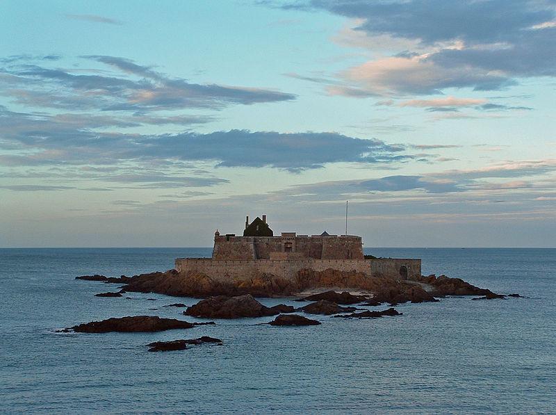 Chateaux de la Bretagne 800px659