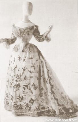 Robe de l'impératrice Elisabeth d'Autriche ( Sissi ) Baljur10