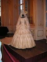 Robe de l'impératrice Elisabeth d'Autriche ( Sissi ) Big_0011