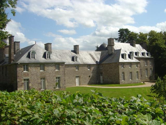 Les chateaux du Calvados Chatea32