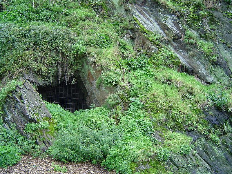 Les chateaux de la Manche Grotte10