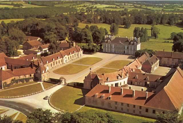 Les Chateaux de l'Orne Lehara10