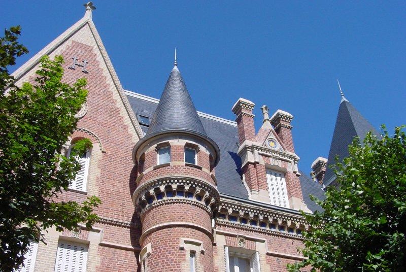 Les chateaux du Calvados Trouvi11