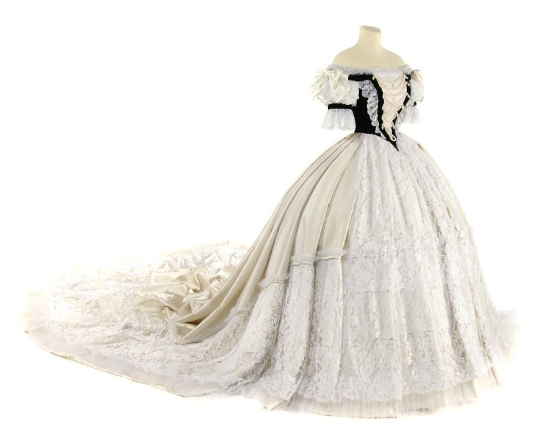 Robe de l'impératrice Elisabeth d'Autriche ( Sissi ) Ungari10