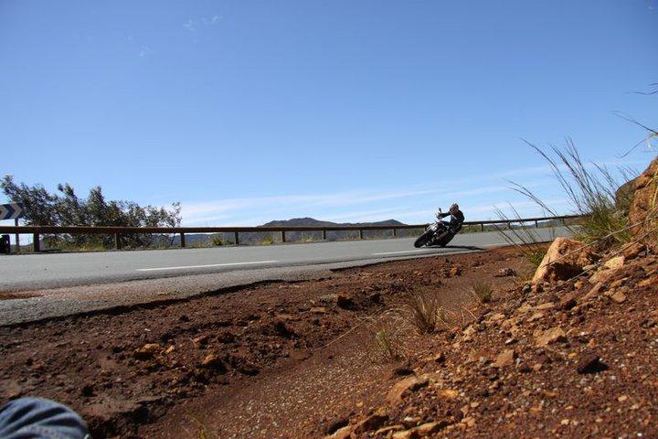 Balade à Moto dans le Sud de la Nouvelle-Calédonie 30458410