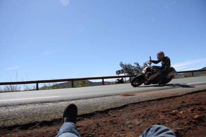 Balade à Moto dans le Sud de la Nouvelle-Calédonie 31086410