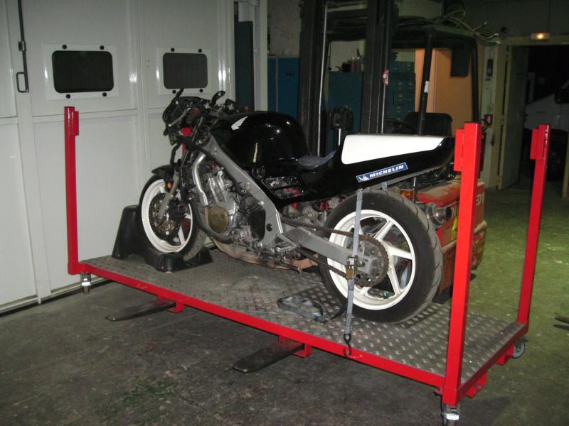 Plateforme de travail gerbable et bloc roue (idéal piste) Bild0910
