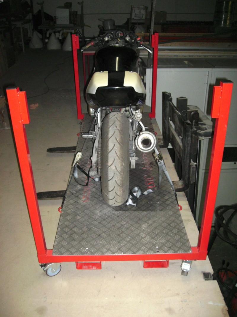 Plateforme de travail gerbable et bloc roue (idéal piste) Bild0914