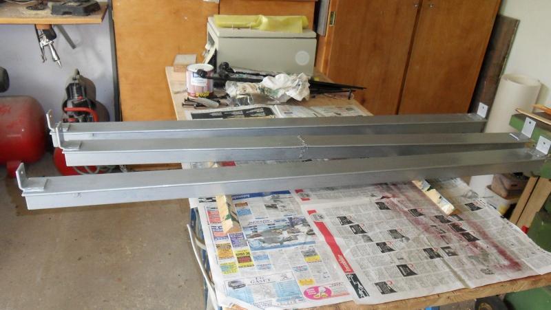 Fabrication d'un abris bois - Page 3 Sdc13913