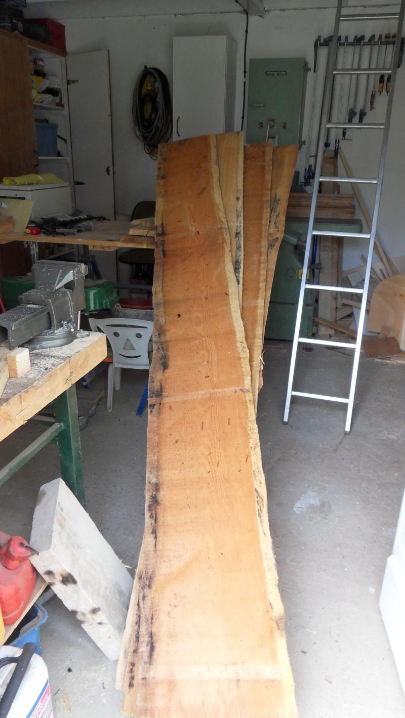 Fabrication d'une triple étagère pour une chambre Sdc13914